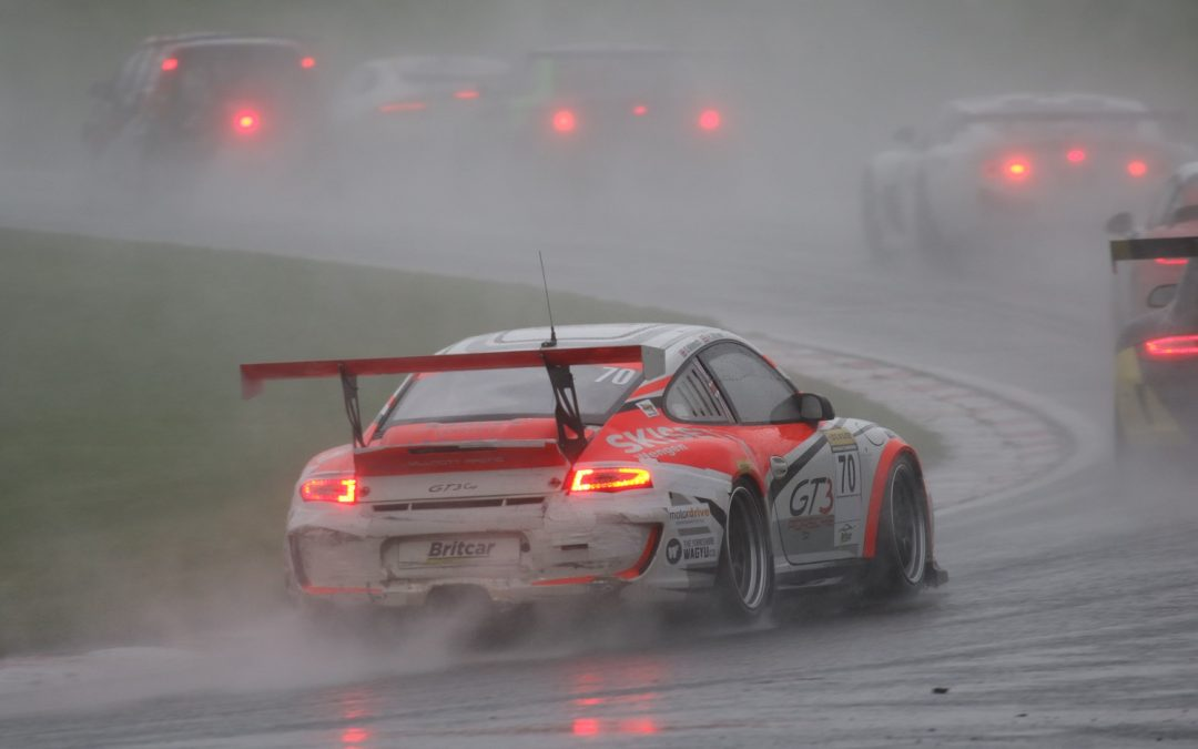 Oulton Park, Britcar –  WET RACE for pairing Oli Willmott & Katie Milner